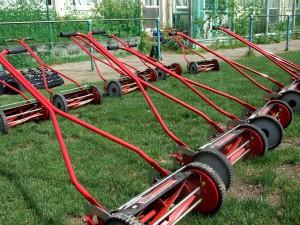 手押し芝刈り機